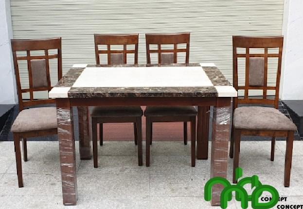 Bộ bàn ghế ăn 4 bằng  gỗ cao su