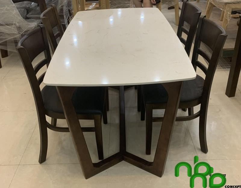 Bộ bàn ăn 4 ghế mặt đá ghế gỗ