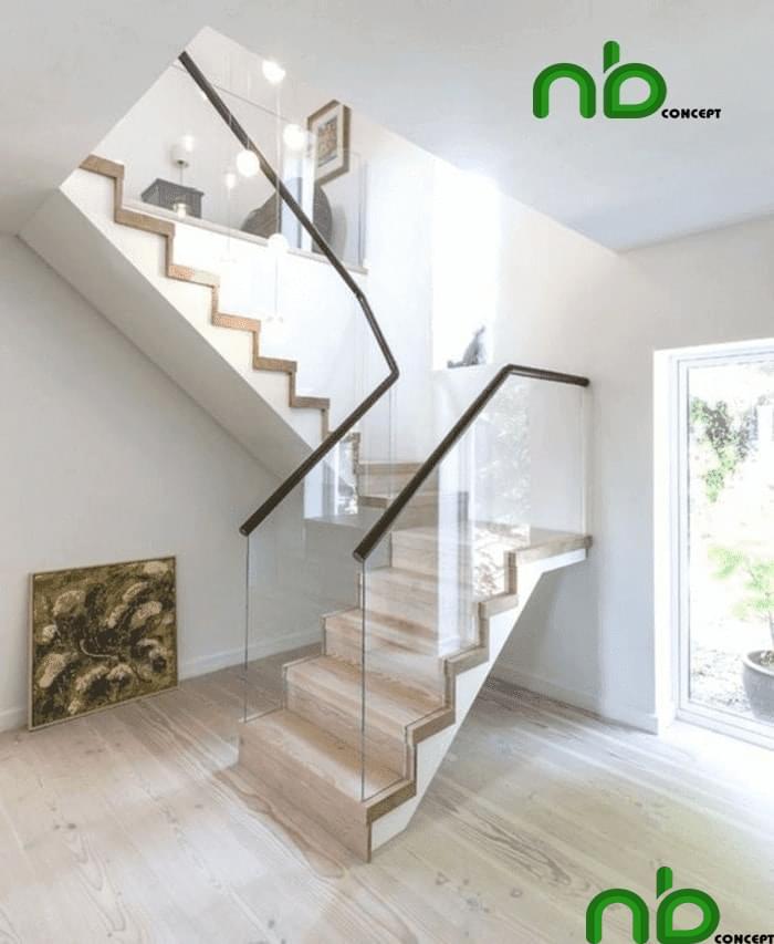 Thiết kế cầu thang pha hai bên bằng kính cường lực